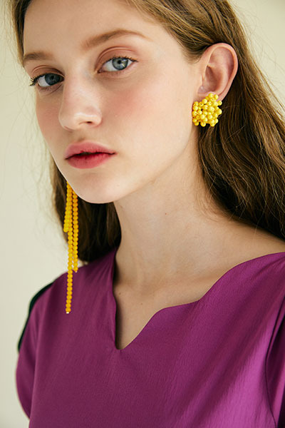 unbalance flower earring (yellow)