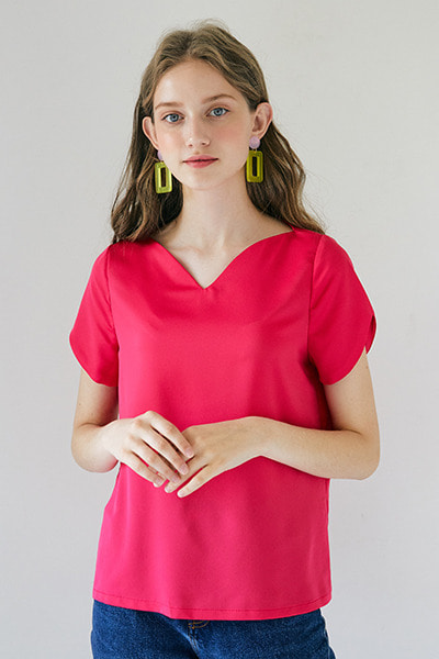 Heart Neckline Top _ Magenta