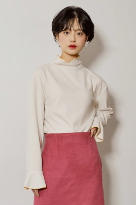 STITCH POINT KNIT TOP (IVORY)