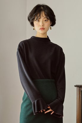 STITCH POINT KNIT TOP (BLACK)