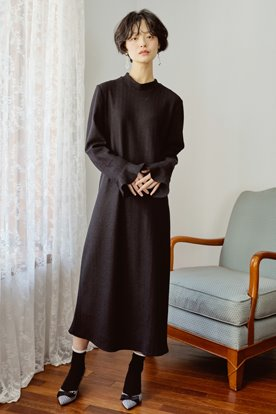 KNIT LONG DRESS (BLACK)