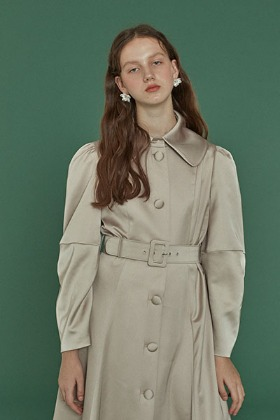 elbow shirring coat dress (beige)