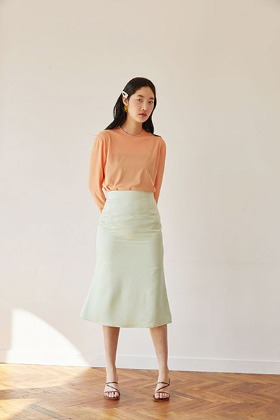 satin mermaid fit skirt (green)