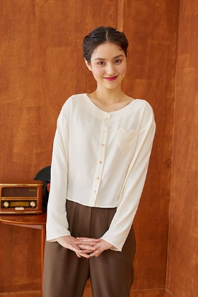 heart pocket blouse (ivory)