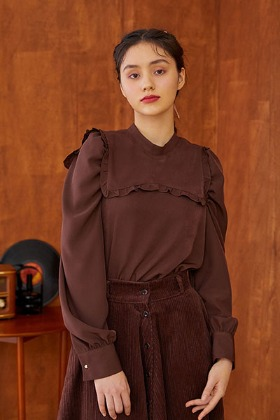 ribbon collar blouse (brown)