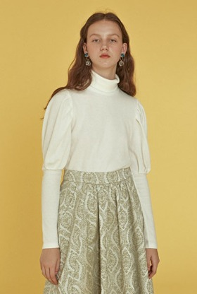puff sleeve top ( ivory)